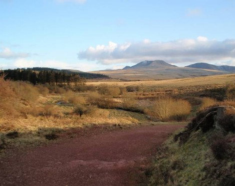 Brecon Beacons Hotels - Usk Reservoir walk halfway point