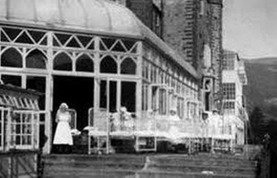 Craig y Nos Castle Conservatory as the Childrens Ward in the TB era, with outside terrace on to which the patients could be wheeled for fresh air.