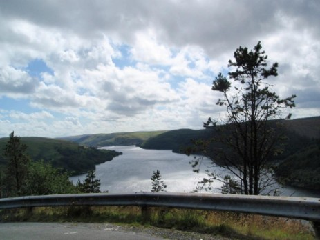 Llyn Brianne Reservoir drive and walks